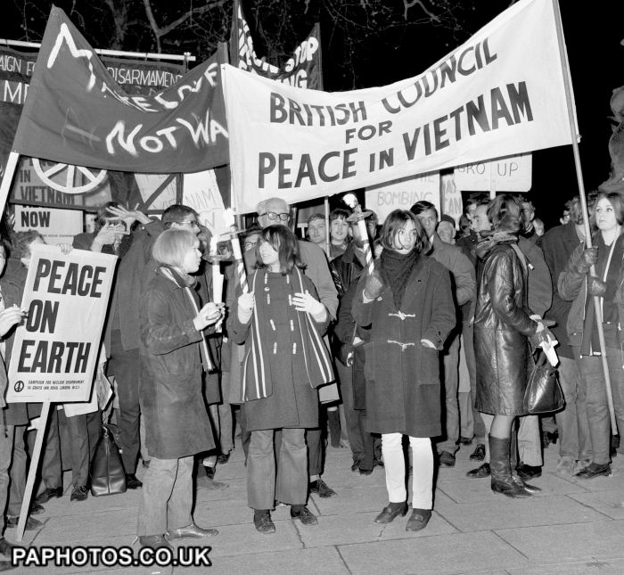 notes on anti vietnam war protests Protests against the vietnam war took place in the 1960s and 1970s the protests were part of a movement in opposition to the vietnam war and took place mainly in the.